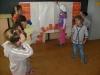 Pásmo piesní, básní a tancov ku Dňu matiek -0.B, 5.B a ŠKD