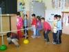 Ohybný prútik -športová súťaž v podliezaní znižujúcej sa prekážky -4.11.2014 -ŠKD